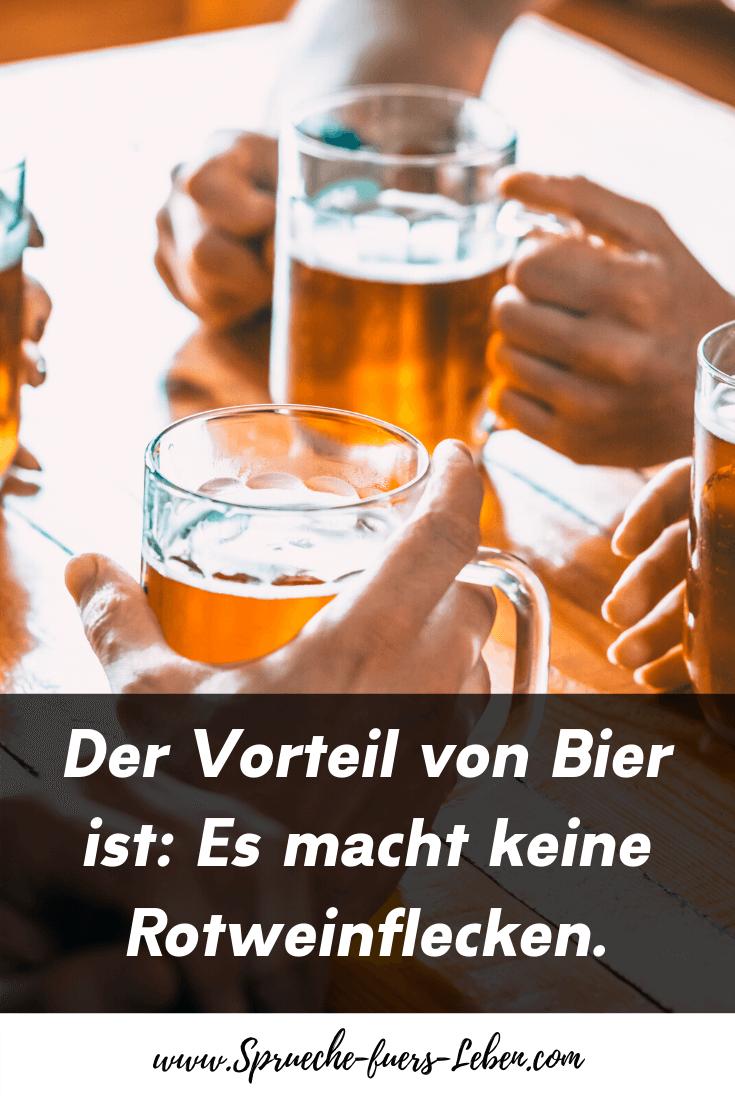 Der Vorteil von Bier ist: Es macht keine Rotweinflecken.